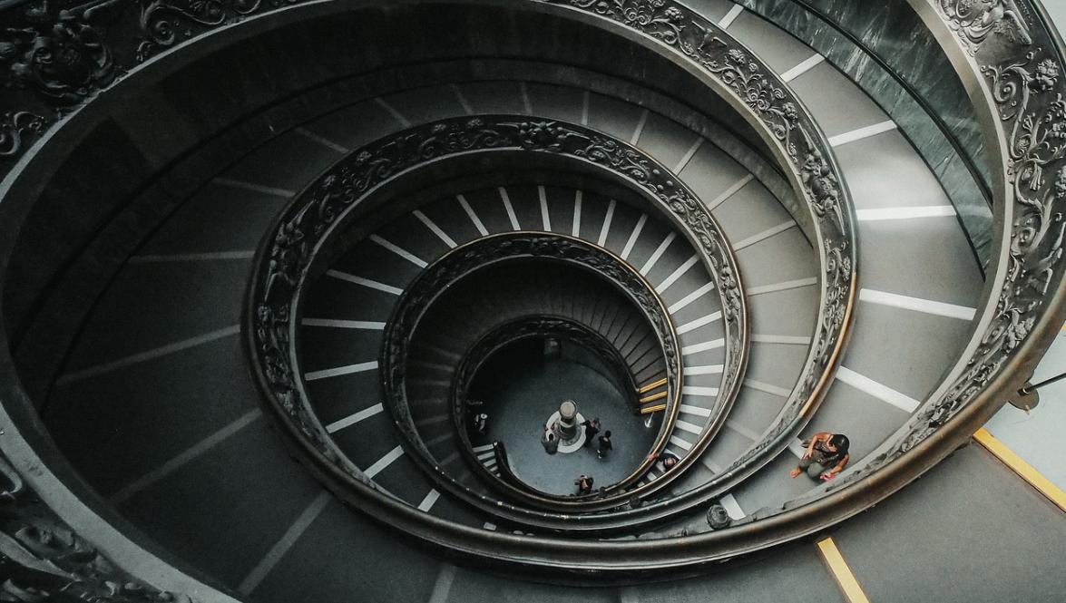 Kulaté schodiště